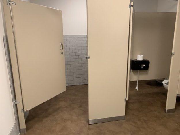 weird L-shaped restroom stall