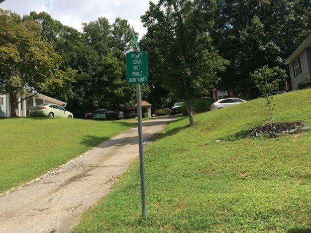 Private road in Dumfries VA