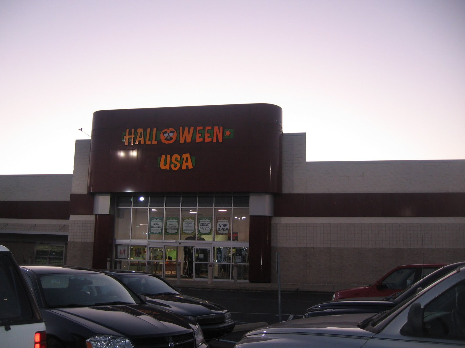 most ubiquitous pop ups capitalizing on the particularly high vacancies in suburban strip malls costumes for halloween tree trimming for christmas